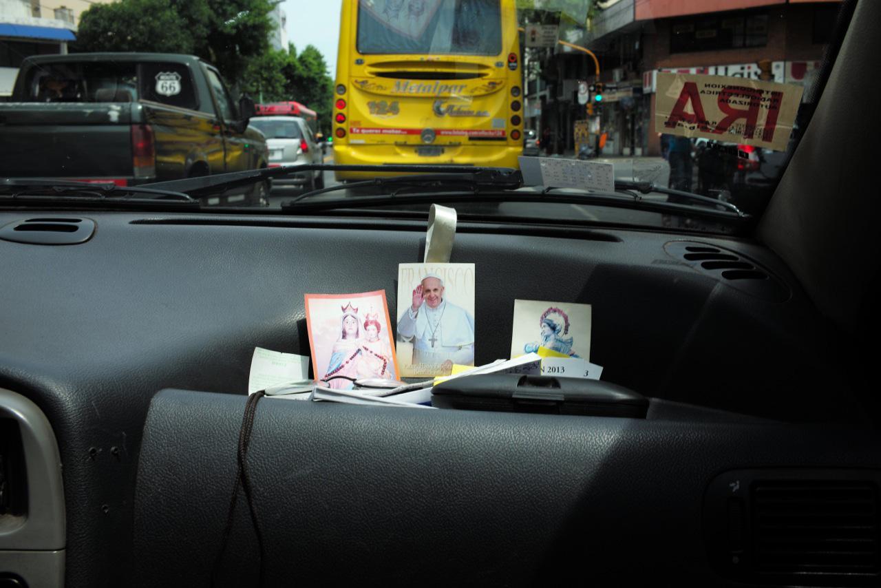 BA-jesus-pope-taxi